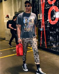 """516d2e59 Russell Westbrook on Instagram: """"Old ishhhh.. Just cuzzzz...🤷🏾 ♂ """""""