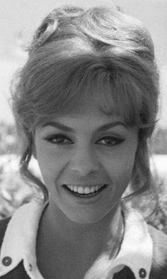Jeanne delcourt