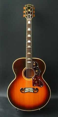 Gibson SJ-200 (1941):Original SJ-200. One of 96 made. Brazilian Rosewood back & sides.