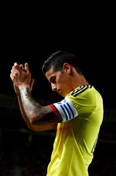 love the beautiful game James Rodriguez James Rodriguez Colombia, Everton, James Rodrigez, Fifa, J Rodriguez, International Soccer, Santiago Bernabeu, Football Boys, Madrid Football