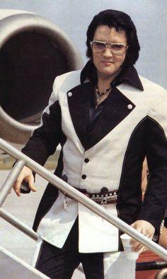 1976 5 07 Elvis quite Tulsa