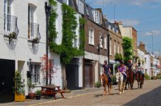 London Mews Houses British Terms, Mews House, Carriage House, Stables, Street View, Cai, London, Country, Building