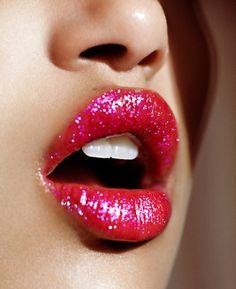 sparkly lipstick