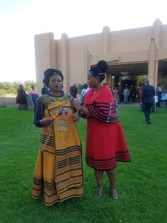 South African Traditional Dresses, Xhosa Attire, Shweshwe Dresses, Latest African Fashion Dresses, Traditional Clothes, African Style, Black Beauty, Red Carpet, My Style