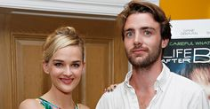 The Good Wife's Jess Weixler Is Married — See Her Gorgeous Wedding Dress! - http://blog.clairepeetz.com/the-good-wifes-jess-weixler-is-married-see-her-gorgeous-wedding-dress/