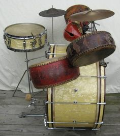 Vintage Drum kit WMP  http://www.vintageandrare.com/category/Drums-Percussion-216