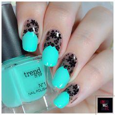 Dentelle - Plaque de stamping Marianne Nails - Review - %%type%% %%cat%% par Love Nails Etc