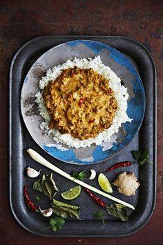 Maailman maukkain curry tulee Indonesiasta – näin valmistuu rendangin vegeversio - Kiusauksessa - Helsingin Sanomat