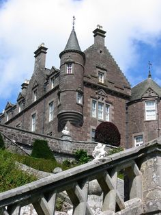 Drummond Castle, Perthshire, Scotland  (my great grandma a Drummond, the family came from that area....I wonder....lol)