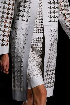 Loving all things houndstooth at the moment. Laser-Cut Spring Leather Looks From Proenza Schouler, Roberto Cavalli, Sportmax, and Looks Style, Cut And Style, Fashion Art, High Fashion, Fashion Design, 3d Laser Printer, Laser Cut Fabric, Evening Dress Long, Laser Cut Leather