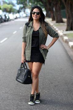 Look: Camisa Estilo Militar e Renda! Tabata, Olive Jacket, Utility Jacket, Military Fashion, Lbd, Parka, What To Wear, Ideias Fashion, Leather Skirt