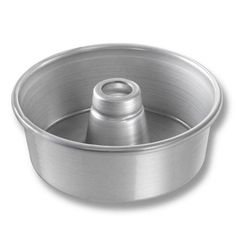 Chicago Metallic 46505 Angel FoodTube Cake Pan 712 diameter x 234 deep gl ** You can get more details by clicking on the image.