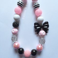 Black, White, and Pink Chunky Bubblegum Necklace by Baublesandbowstoo on Etsy https://www.etsy.com/listing/245721660/black-white-and-pink-chunky-bubblegum