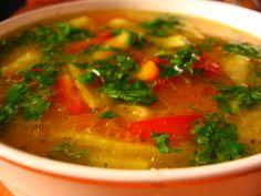Zöldbableves hússal, szalonnával - vidéki finomság! Ez valami isteni!!! És nem csak a kinézete hanem az íze is!!:) Hozzávalók: 50 dkg borjúhús (ízlés szerinti) 10 dkg szalonna 1 vöröshagyma 30 dkg zöldbab (konzerv) 4 sárgarépa 1 kisebb... Thai Red Curry, Ethnic Recipes, Food, Red Peppers, Essen, Meals, Yemek, Eten