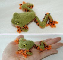 Needle Felted Tiger Lemur Frog by amber-rose-creations