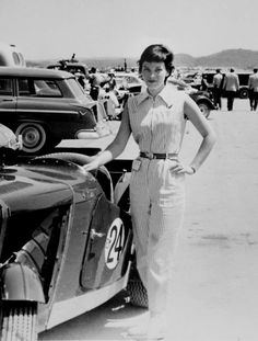 Suzy Dietrich, American racing driver with her 1953 MG TC school librarian; at the 24 hrs of Daytona, co-driver in Sunbeam Alpine, with Donna Mae Mims and Janet Guthrie 12 hrs of Sebring co-driver with Donna Mae Mims in the ASA 411 Female Race Car Driver, Car And Driver, F1 Motor, Women Drivers, Porsche 550, Girls Driving, Classic Race Cars, Sports Car Racing, Auto Racing
