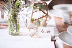 Hochzeitsdekore rosen Inspiration in Rosegold Ich - hochzeitsdekore Glass Vase, Wedding Decorations, Marriage, Wedding Photography, Place Card Holders, Rose Gold, Inspiration, Weddings, Amazing