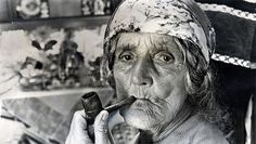 Romani gypsy woman with pipe ;)