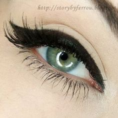 Let your liner make a statement with this thick winged liner. This look adds style to any night out!