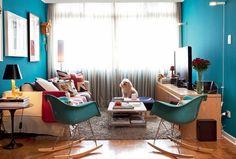 Como decorar uma sala azul de forma alegre e divertida
