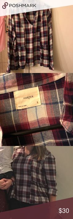 Francesca's plaid blouse Like new! Worn once and dry cleaned. Plaid peplum like top. Francesca's Collections Tops Blouses