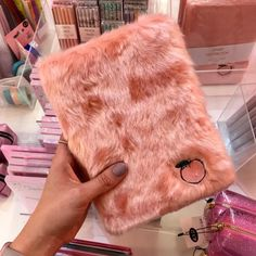 Everything's peachy with our fluffy peach notebook Get yours in store and online now! Everything's peachy with our fluffy peach notebook Get yours in store and online now! Stationary Store, Stationary School, Cute Stationary, School Stationery, Too Cool For School, Back To School, School Suplies, Cool School Supplies, Skinnydip London