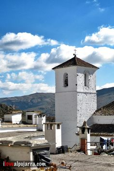Torre iglesia de Notáez Mansions, House Styles, Love, Home Decor, Walks, Towers, Getting To Know, Amor, Decoration Home