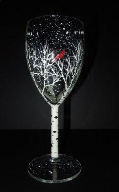 Wine Glasses - Petit (7) verre de vin blanc, main peinte par moi avec mon dessin original de cardinal. Si le coût dexpédition réels est moins que jai chargé, je
