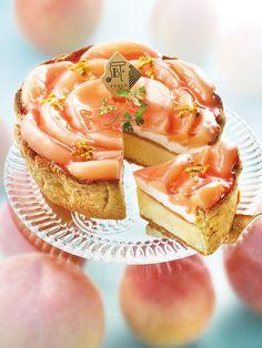 6月季節限定「白桃とヨーグルトクリームのチーズタルト」