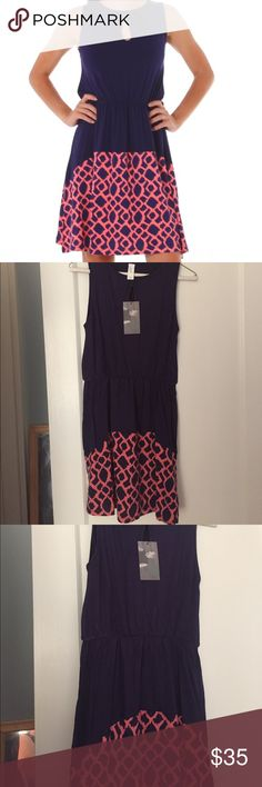 vfish Barbados Bali Coral Dress, XS NWT Sleeveless jersey knit color-block dress with keyhole detail at neckline. Size XS. NWT. vfish Dresses
