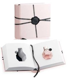 fpackaging like a book for parfume of VIKTOR & ROLF - Fragrance => Collection Coffret - Perfume Perfume Packaging, Luxury Packaging, Bottle Packaging, Cosmetic Packaging, Print Packaging, Jewelry Packaging, Book Packaging, Cosmetic Box, Beauty Packaging