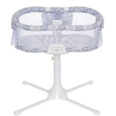 New 2016 HALO Bassinest Swivel Sleeper Bassinet Luxe Infant Baby Crib Blue Medallion Safer for Baby.ÿ Halo so your p Halo Bassinet Swivel Sleeper, Bedside Bassinet, In Bed Co Sleeper, Help Baby Sleep, Bed Back, Wearable Blanket, Easy Wall, Baby Warmer, Baby Furniture