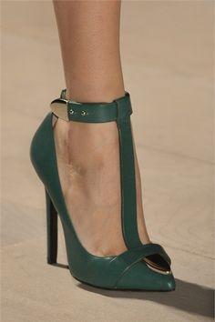 pinterest.com/fra411 #shoes -  Marios Schwab