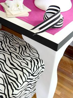Office Table DIY Office Table The lovely long desk that serves as the center of office act. Ikea Table, Diy Table, Long Desk, Smart Home Control, Home Office Design, Office Designs, Office Ideas, Office Decor, Apartment Makeover