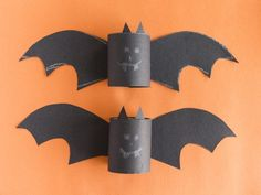 Flying Bats Craft - great tutorial and fun use for your empty TP tubes after you've filled your Kerchoo.