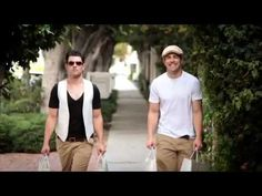 I would totally date Schmidt. haha. epic video.