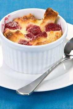 Strawberries & Cream Bread Pudding (use Udi's #glutenfree white sandwich bread)