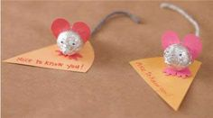 Sweet Mice:  Instructions for making a cute Valentine's Day card using Hershey Kisses.
