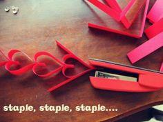 Quick Heart paper chain tutorial  QUICK LINK:  http://strumpetscrumpets.blogspot.be/2012/01/valentine-paper-heart-chain-diy.html