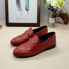 Guccl New Female Models Male Models 18059955283 Dress Shoes, Women's Shoes, Gucci Shoes, New Product, Cartier, Loafers Men, Female Models, Latest Fashion, Chloe