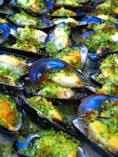 Rustic Italian Appetizers to fall in Love: Grilled. Breaded Mussels. 2lb mussels, dry white wine, garlic, flat leaf parsley, dry oregano, Romano Cheese, Breadcrumbs