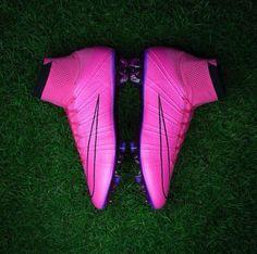 Las nuevas botas de Cristiano.❤