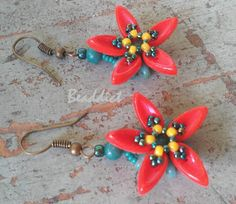 """""""Gilia"""" earrings. Pattern by Spirala Beading. Beaded by Beaddict. Seed beads, superduo, chilli beads."""