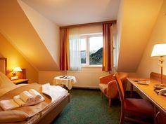 Standard double room / Doppelzimmer Standard Hotel Vitaler Landauerhof