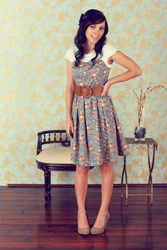 Modest Dresses in Floral Print   jenclothing.com - love this site, lots of modest clothing :)