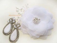 Conjunto flor e brincos para noivas Deby noivas  Frete gratis e até 10 vezes no cartão ;)