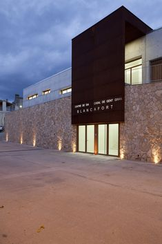 Gallery of Day Center and Home for the Elderly of Blancafort / Guillem Carrera - 6