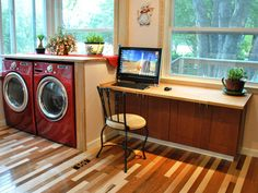 How to Build a Simple Kitchen Desk