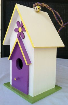 Hey, I found this really awesome Etsy listing at https://www.etsy.com/listing/185697113/the-buzzing-bee-birdhouse-in-white-with