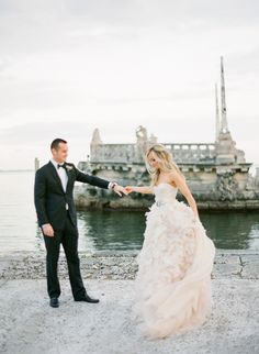 Monique Lhuillier bride on her wedding day wearing the 'Waltz' down. Photo by: KT Merry Photography, courtesy of Style Me Pretty. Wedding Wishes, Wedding Pics, Wedding Bells, Wedding Styles, Wedding Gowns, Vizcaya Wedding, Formal Wedding, Wedding Attire, Wedding Ideas